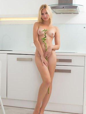 Blonde bamboo